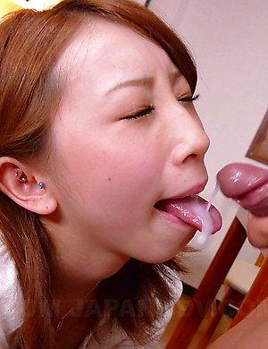 Free Asian Cream Eating Pics